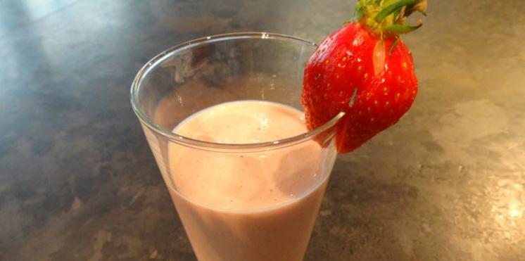 Smoothie fraises amande