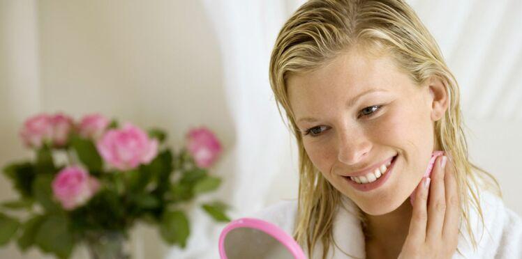 Eaux florales : elles ont tout bon contre les problèmes de peau
