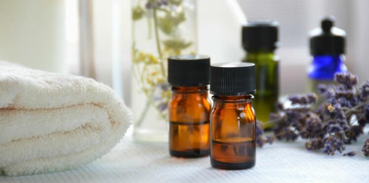 Rhume, maux de tête, stress… Des huiles essentielles dans mon bain pour en venir à bout