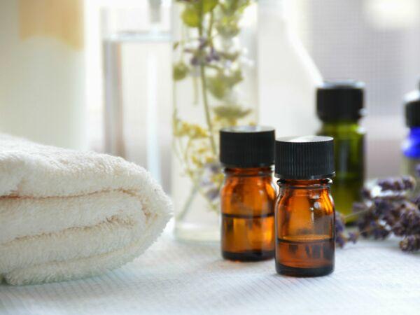 toux nez bouch mal de gorge 10 rem des naturels efficaces pour soigner les maux de l hiver. Black Bedroom Furniture Sets. Home Design Ideas