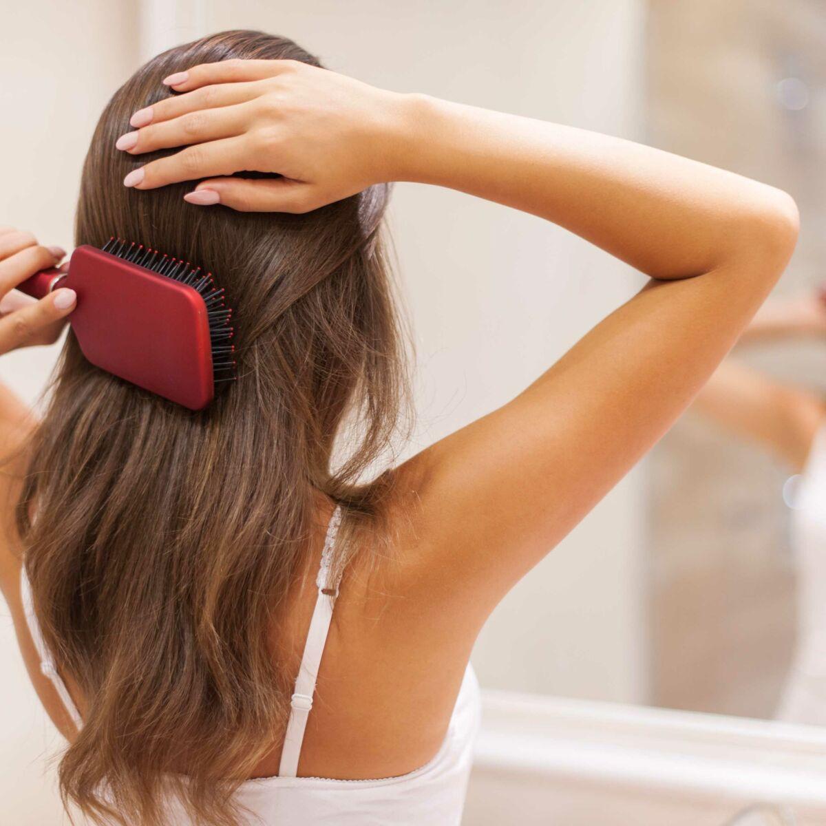 Les solutions pour éviter la chute de cheveux Femme Actuelle