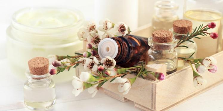 Aromathérapie : la trousse de vacances pour se soigner au naturel