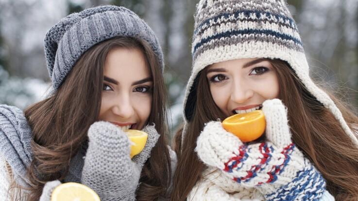 VIDEO - 7 remèdes pour lutter contre les maux de l'hiver