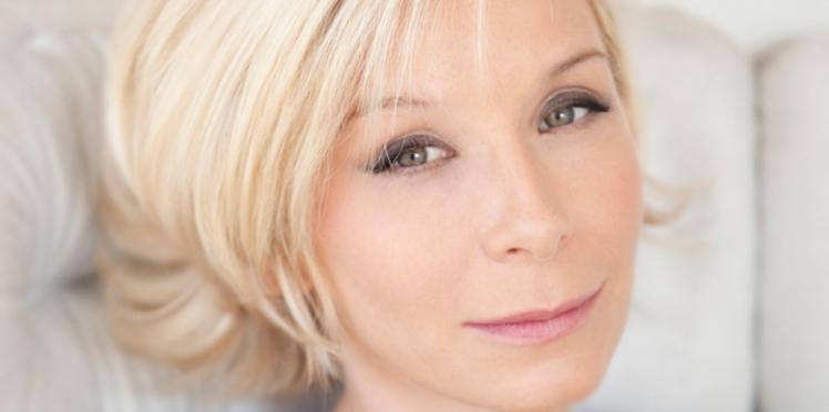 """Céline Lis-Raoux, fondatrice de Rose : """"Ce magazine, c'est le compagnon quotidien des femmes en traitement"""""""