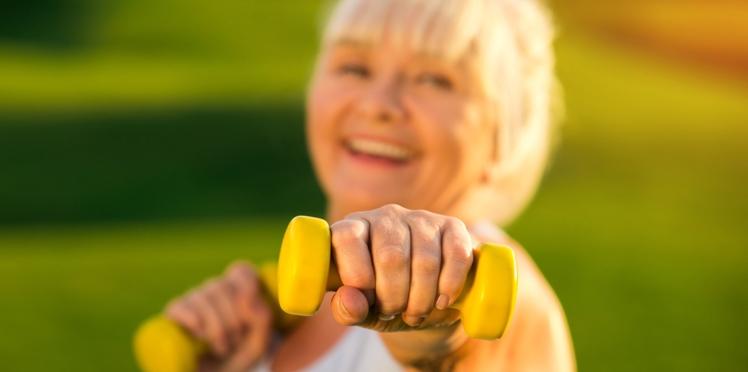 Ménopause : faire du sport réduirait les bouffées de chaleur