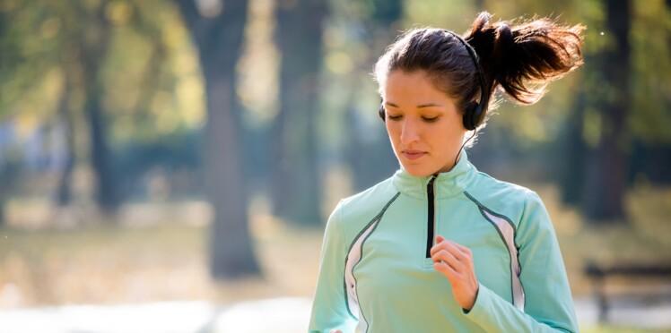 Faire du sport avant d'être enceinte réduirait les douleurs pelviennes
