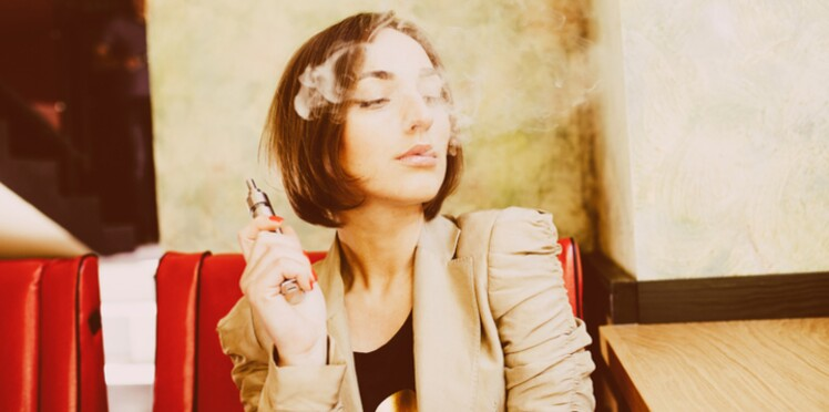 Les adolescents qui vapotent seraient plus susceptibles de fumer par la suite