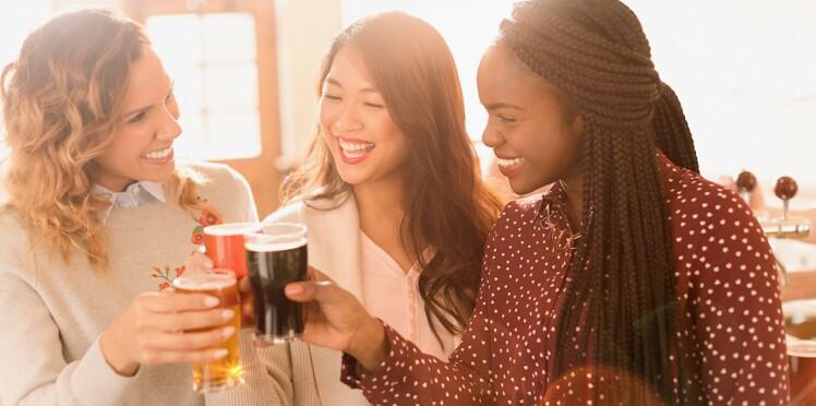 Boire un peu d'alcool permettrait d'être plus à l'aise avec les langues étrangères