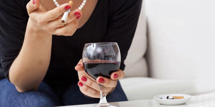 Pourquoi consommer de l'alcool donne envie de fumer ?
