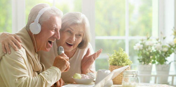 Alzheimer : quand il chante il retrouve ses esprits !
