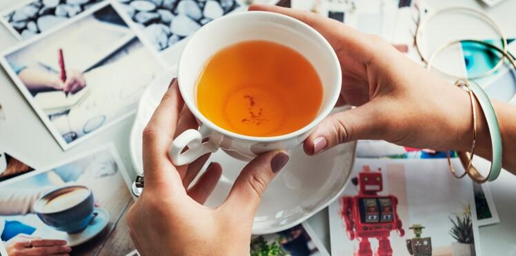 Alzheimer : boire du thé aiderait à prévenir le déclin cognitif