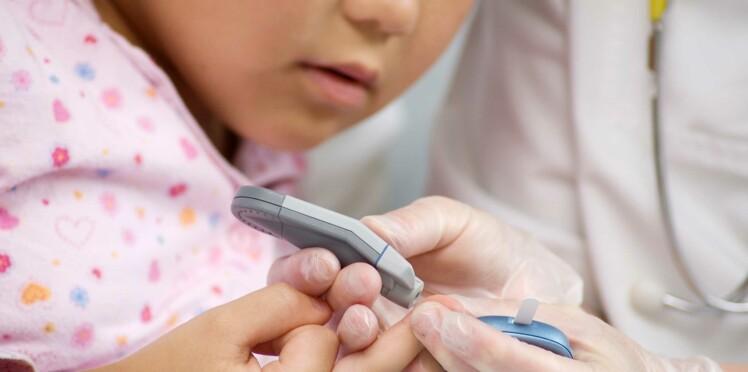 Le diabète de type 1 en forte augmentation chez les jeunes enfants : comment le détecter ?