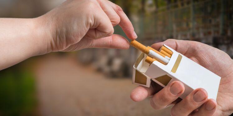 AVC: arrêter de fumer réduirait le risque