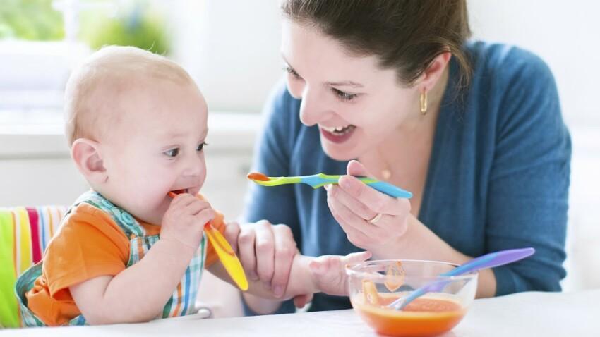 Bébé: une étude recommande les aliments solides à partir de 4 mois