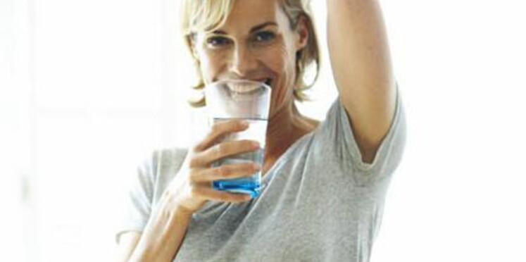 Boire 1,5 litre d'eau par jour ne servirait à rien !