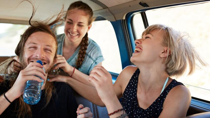 Pourquoi il ne faut pas laisser traîner de bouteille d'eau dans la voiture l'été