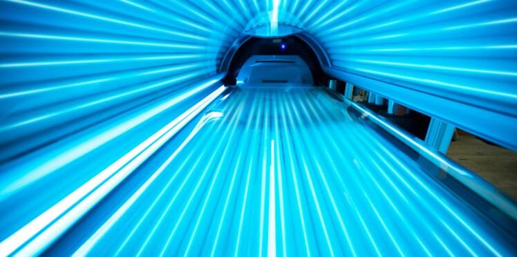 Cabines UV : des visuels chocs pour éveiller les consciences