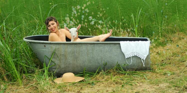 Contre le cancer du sein, des agricultrices se déshabillent pour un calendrier sexy