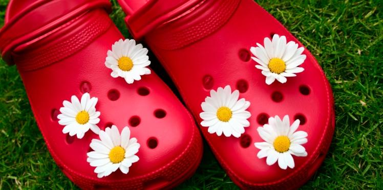 Attention, porter des Crocs serait très mauvais pour les pieds !