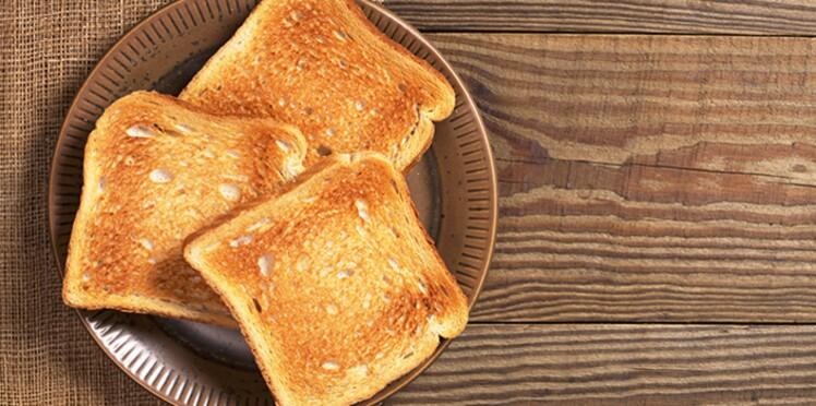 Gâteau, frites, pain… Comment cuire ces aliments riches en amidon pour limiter les risques de cancer ?