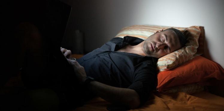 Lumière artificielle la nuit : attention danger