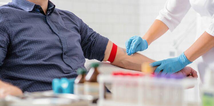 Il sauve plus de 2,4 millions de bébés grâce à ses 1173 dons de sang
