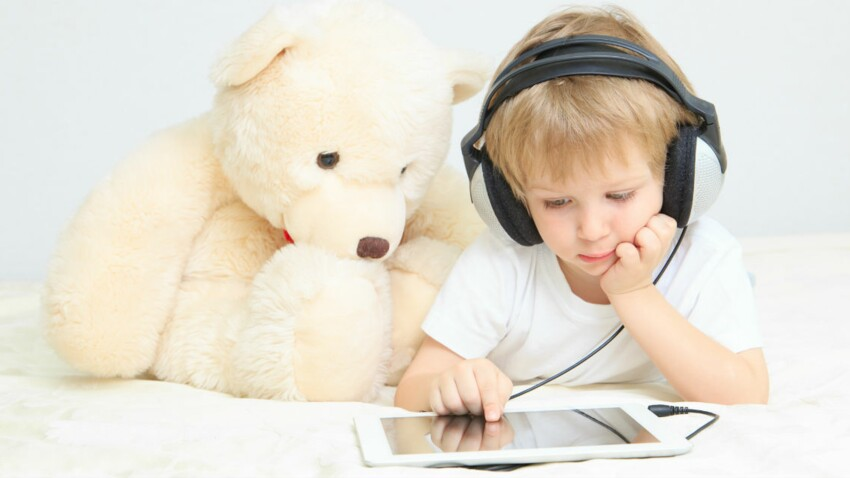 Effets des ondes sur les enfants : la mise en garde des experts