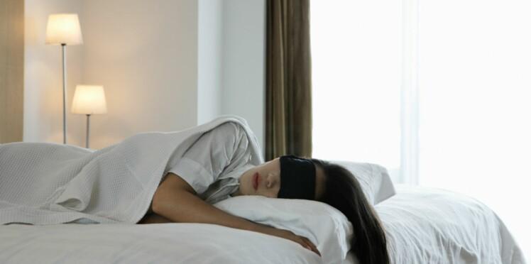 Dormir dans le noir complet pour prévenir la dépression