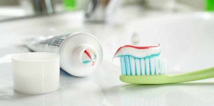Faut-il vraiment se brosser la langue à chaque fois qu'on se lave les dents?