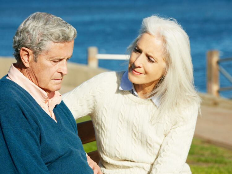 France Alzheimer   un site web dédié aux malades et aux aidants   Femme  Actuelle Le MAG 5c97ed1e8e70