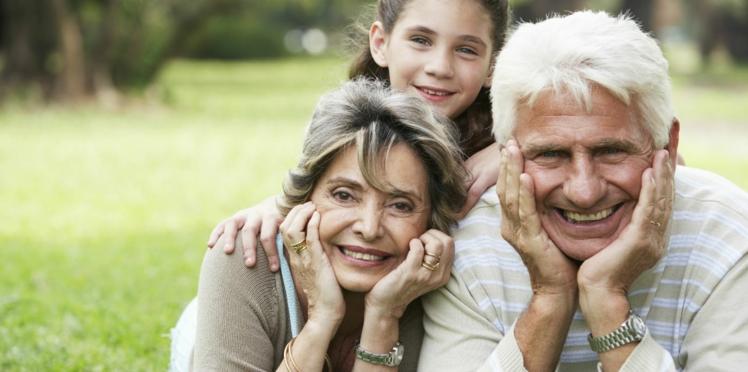 Les grands-parents seraient nocifs pour la santé de leurs petits-enfants : c'est quoi cette histoire ?