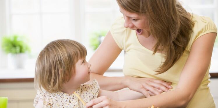Grossesse: une alimentation trop grasse et sucrée favoriserait l'hyperactivité chez l'enfant