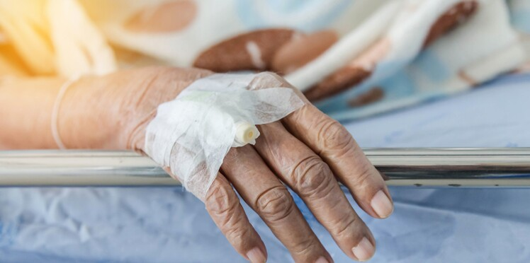 Une dame de 80 ans forcée de quitter son lit d'hôpital en pleine nuit à Vannes