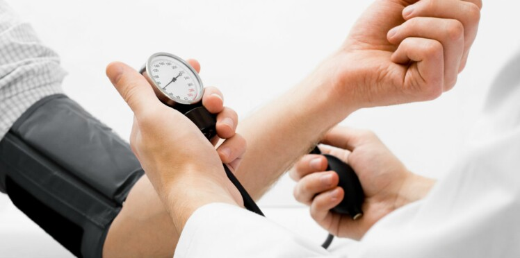 Hypertension : internet serait aussi efficace que les traitements