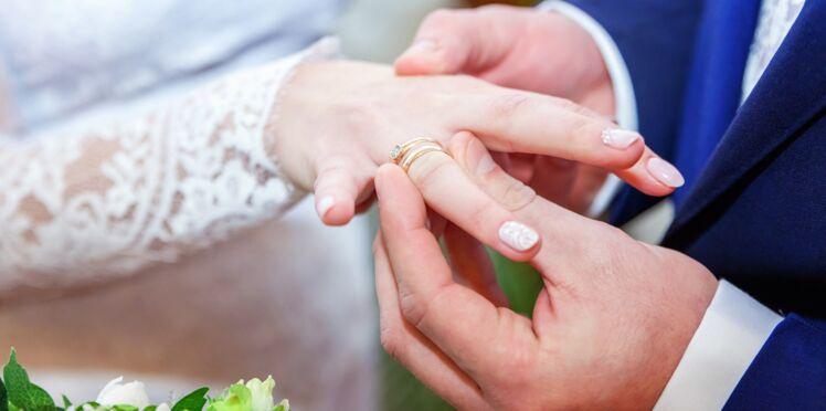 Une infirmière tombe amoureuse de son patient, lui donne un rein et l'épouse