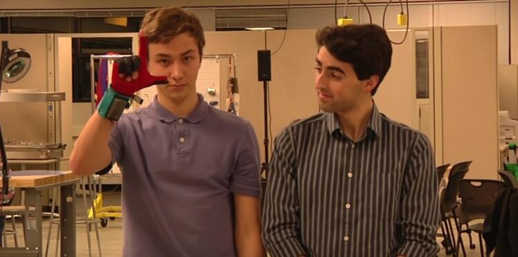 Innovation : un gant connecté capable de traduire le langage des signes (vidéo)