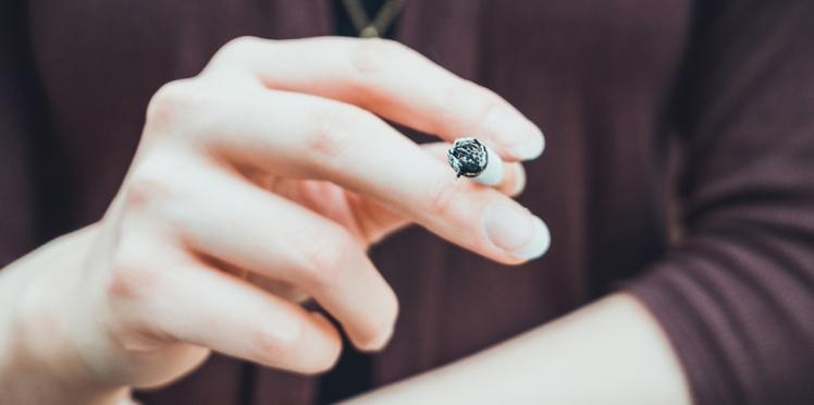 Tabac : l'interdire serait plus efficace selon les Français