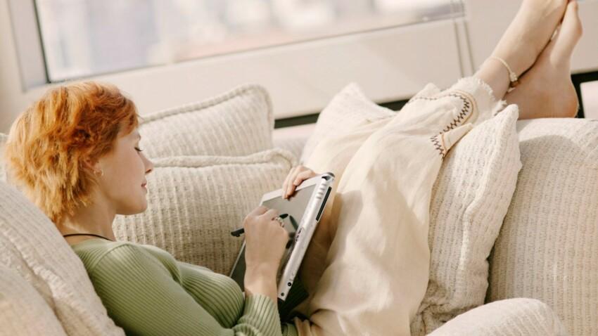 Avec l'iPad sur les genoux, gare aux torticolis !