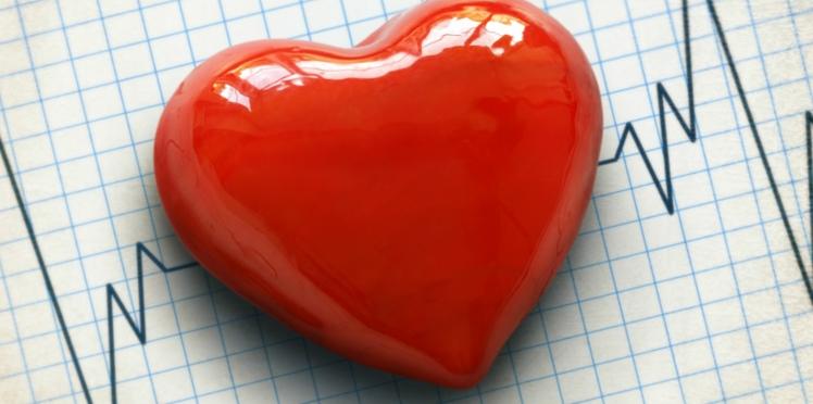 Journée mondiale de la ménopause : prévenir les risques de maladies cardiovasculaires, pour mieux les soigner.