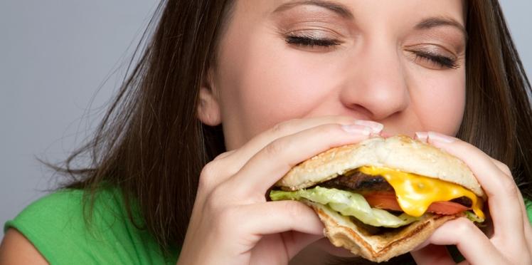Junk food : le goût pour les aliments gras serait inscrit dans les gènes