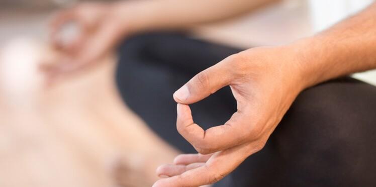 Le yoga, une aide pour calmer les symptômes du syndrome prémenstruel?