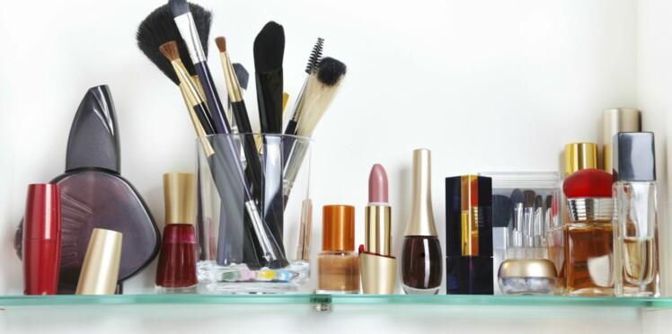 Cosmétiques : une liste de 185 produits contenant des substances toxiques dévoilée