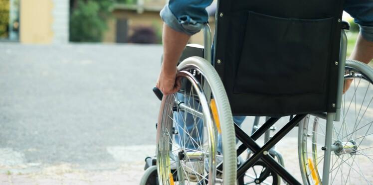 Maladie de Charcot : il s'apprête à parcourir 800 kilomètres en fauteuil roulant