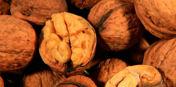 Pour garder la santé, mangez sept noix par jour