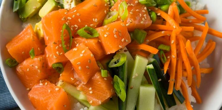 Attention au Koi Pla : à base de poisson cru, ce plat peut contenir un parasite responsable de cancer