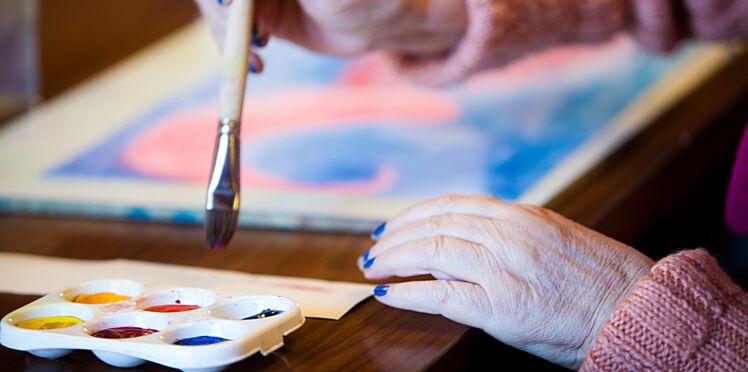 Votre coup de pinceau pourrait révéler une maladie neurodégénérative