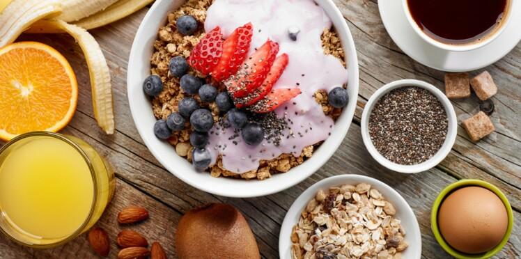 Petit-déjeuner comme un roi : la solution pour perdre du poids?