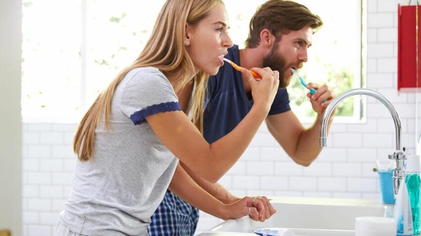 Pourquoi mal se laver les dents favoriserait l'AVC