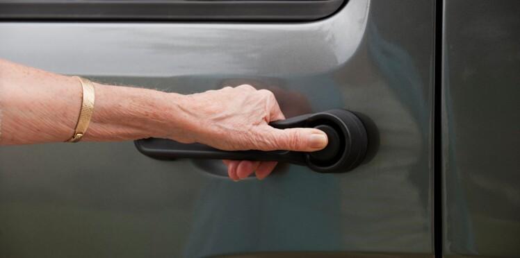 Sécurité routière : un macaron sur les voitures des seniors pour prévenir les accidents