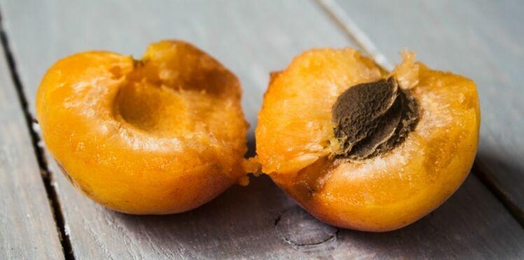 Un sexagénaire s'empoisonne au cyanure avec des noyaux d'abricots